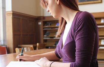 Pályázati felhívás fiatal kutatók számára