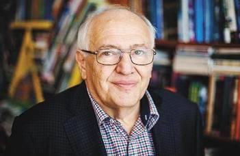 A TáTK professor emeritusa, Kolosi Tamás az