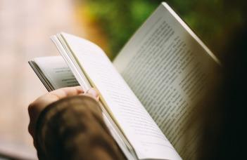 Frissen megjelent kötetek oktatóinktól